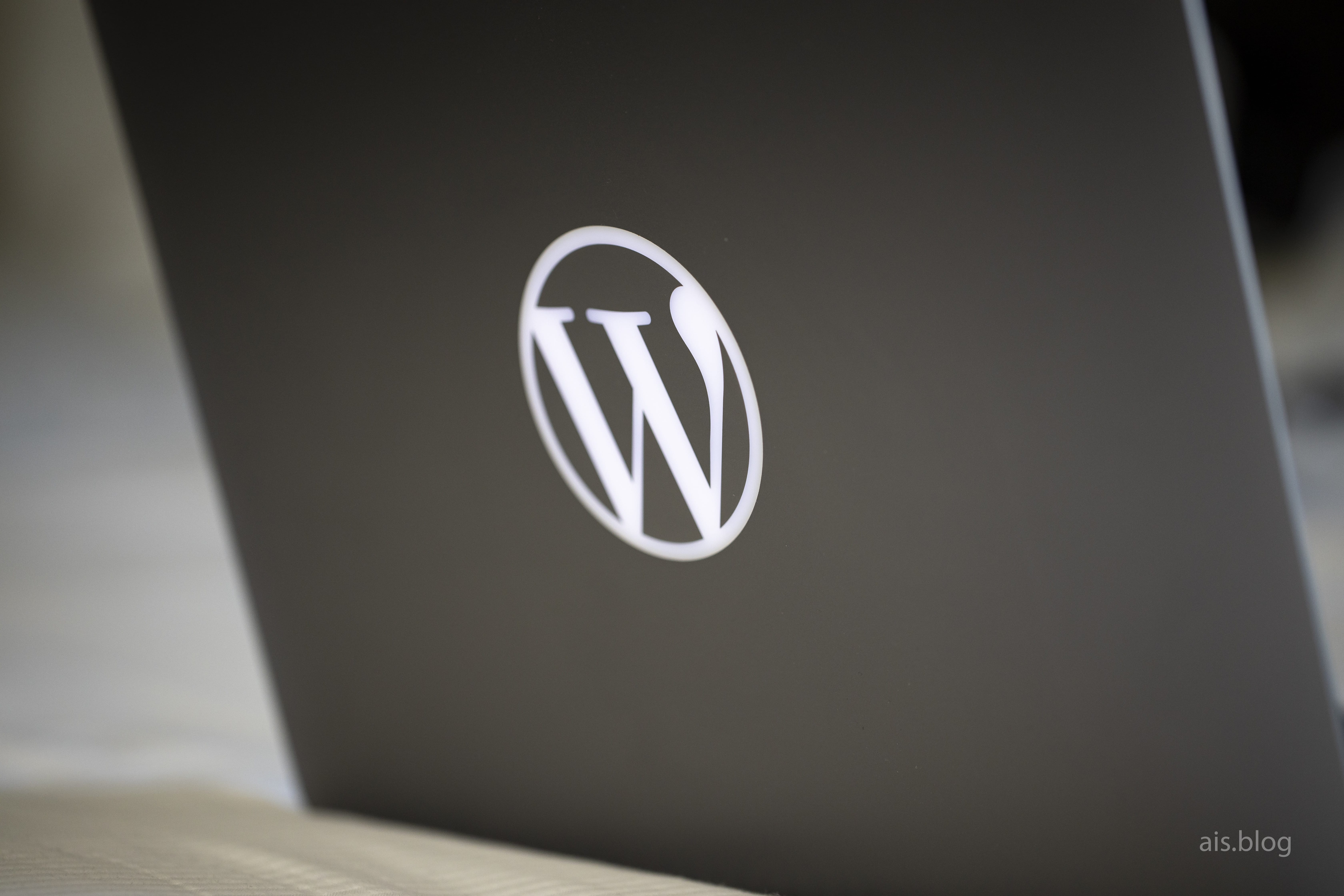 MacBook WordPress Logo